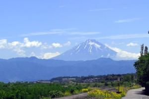 韮崎から見た富士山