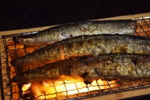 秋刀魚炭火焼