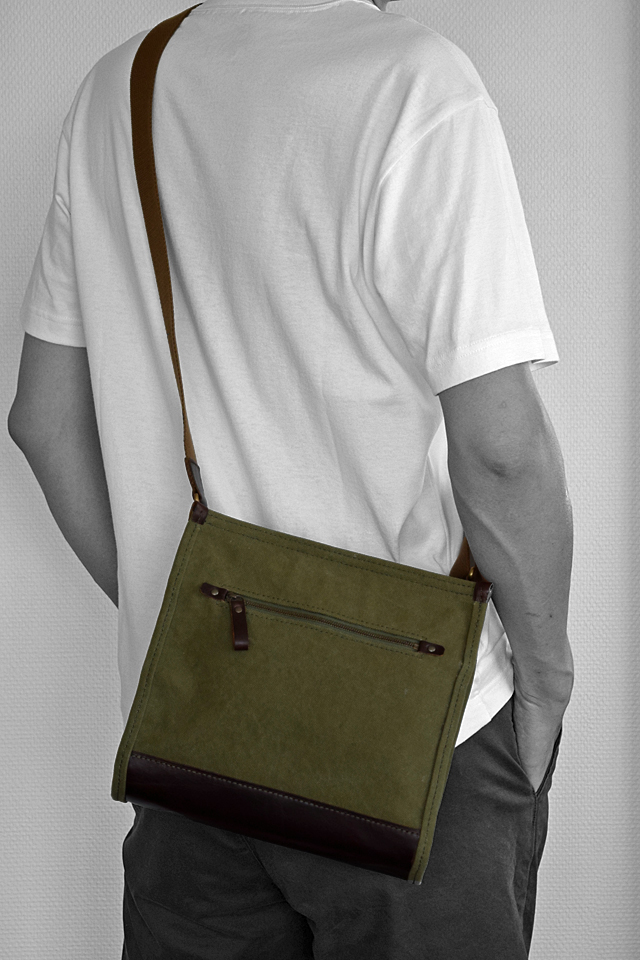 メンズ 帆布と革 ショルダーバッグ